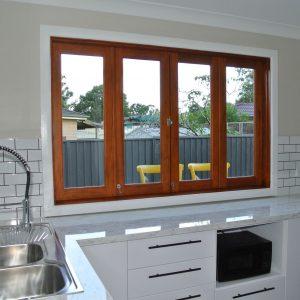 Bifold window