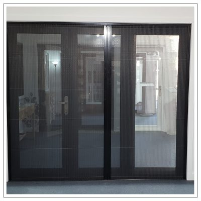 Aluminium sliding door with fly screen